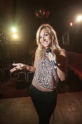 Comedian Naomi Hefter at the Free Sisters venue on Cowgate.<br /> ©Michael Schofield.