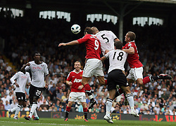 22.08.2010, Craven Cottage, London, ENG, PL, FC Fulham vs Manchester United, im Bild Fulham's Brede Hangeland makes 2-2  makes 1-1 and celebrates in Fulham v Manchester United for the EPLEXPA Pictures © 2010, PhotoCredit: EXPA/ IPS/ Marcello Pozzetti +++++ ATTENTION - OUT OF ENGLAND/UK +++++ / SPORTIDA PHOTO AGENCY