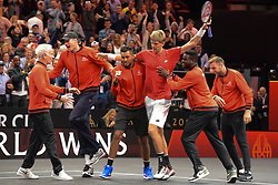September 22, 2018 - Chicago, Illinois, United States - Team World celebrates after Kevin Anderson won his match vs. N. Djokovic in the 2018 Laver Cup tennis event in Chicago. (Credit Image: © Christopher Levy/ZUMA Wire)