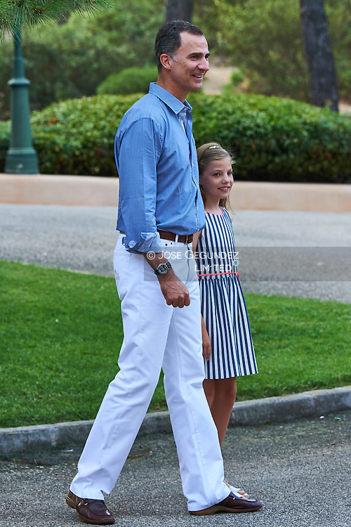 King Felipe VI of Spain, Princess Sofia pose for the photographers at the Marivent Palace on August 4, 2016 in Palma de Mallorca, Spain.