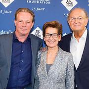 NLD/Amsterdam/20151123 - 5 jaar Delamar theater en 10 Jaar Van den Ende Foundation viering, Janine Klijburg en partner Joop van den Ende en Koos Breukel