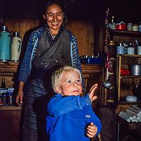 Namdu Sherpa & Ben Wiltsie in Namdu's Khumbu Lodge in Namche Bazar in the Khumbu region of Nepal 1986.