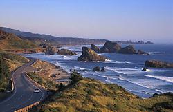 March 25, 2013 - Oregon Coast, Oregon, U.S - Highway 101 and Pistol River State Park with offshore sea stacks, from Cape Sebastian, southern Oregon coast. (Credit Image: © Greg Vaughn/ZUMAPRESS.com)