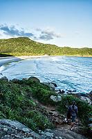 Praia dos Naufragados. Florianópolis, Santa Catarina, Brazil. / Naufragados Beach. Florianopolis, Santa Catarina, Brazil.