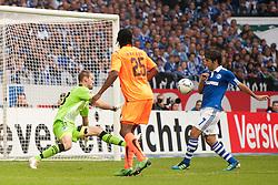 29.10.2011, Veltins Arena, Gelsenkirchen, GER, 1. FBL, FC Schalke 04 vs. TSG 1899 Hoffenheim, im Bild Raul (#7 Schalke) trifft zum 1-0 // during FC Schalke 04 vs. 1. TSG 1899 Hoffenheim at Veltins Arena, Gelsenkirchen, GER, 2011-10-29. EXPA Pictures © 2011, PhotoCredit: EXPA/ nph/  Kurth       ****** out of GER / CRO  / BEL ******