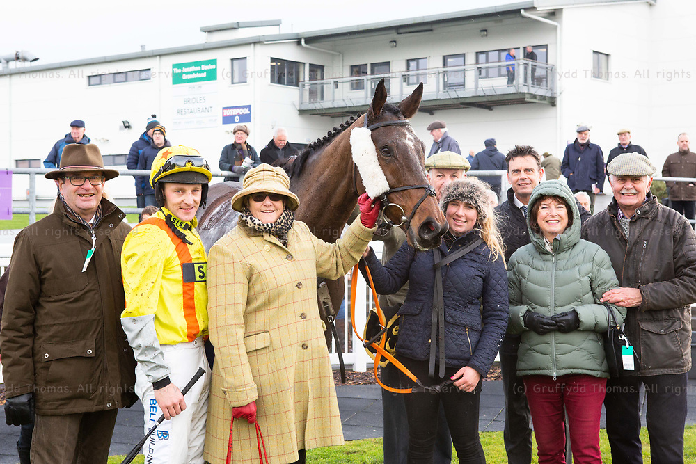 Ffos Las Racecourse, Trimsaran, Wales, UK. Friday 23 November 2018. Matt Griffiths with Colmers Hill, winner of the myracing.com For Ffos Las Tips Handicap Chase (Race 1)