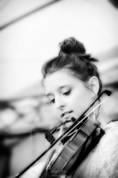 Suz Slezak of David Wax Museum performing at Appel Farm's 2011 Arts & Music Festival in Elmer, NJ.