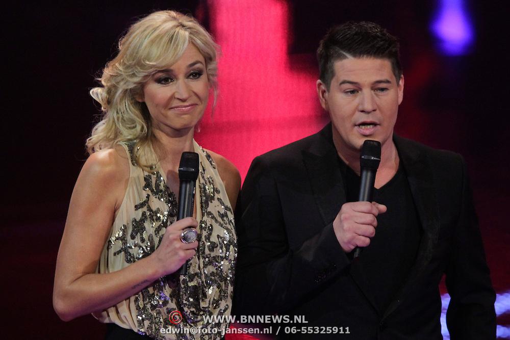 NLD/Hilversum/20120120 - Finale the Voice of Holland 2012, Wendy van Dijk en Martijn Krabbe
