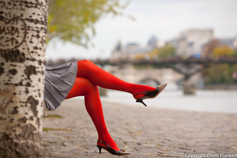 beautiful legs on the banks of the Seine, Paris