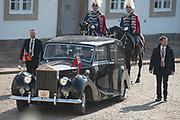Staatsbezoek Denemarken - Dag 1. Aankomst en Téte-á-tète  op Paleis Fredensborg<br /> <br /> State visit Denmark - Day 1. Arrival and Téte-á-tète  at Palace Fredensborg