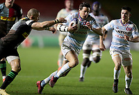 Francois Trinh-Duc of Racing 92 gets away from Mike Brown of Harlequins