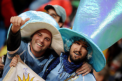 02.07.2010, Soccer City Stadium, Johannesburg, RSA, FIFA WM 2010, Viertelfinale, Uruguay (URU) vs Ghana (GHA) im Bild Uruguay Fans jubeln, EXPA Pictures © 2010, PhotoCredit: EXPA/ InsideFoto/ Perottino, ATTENTION! FOR AUSTRIA AND SLOVENIA ONLY!