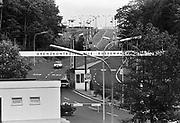 Duitsland, Eussenhausen, 10-10-1987Grensovergang aan de grens met Oost-Duitsland, DDR, en de bondsrepubliek Duitsland. het IJzeren Gordijn bij Fulda. GrenscontroleFoto: Flip Franssen/Hollandse Hoogte