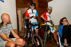 21-09-2018 ESP: BvdGF La Vuelta a Sierra Nevada day 6, Granada<br /> Sixth day of the mountainbike and cycling challenge Granada / Jeroen, Frank, Wilbert, Marion