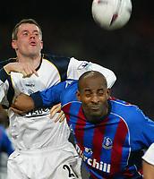 Fotball, 26. januar 2003, Crystal Palace V Liverpool FA cup 4th round. Selhurst park.<br />Jamie Carragher og  Ade Adebola <br />Foto: Scott Heavey, Digitalsport