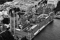 Houses of Parliament / Westminster Palace (monochrome)