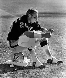 Oakland Raiders Fred Biletnikoff,,(1972 photo/Ron<br />Riesterer)