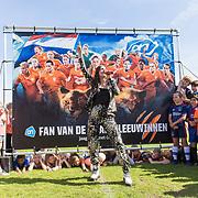 NLD/Bussum/20190523 - Maan lanceert lied voor OranjeLeeuwinnen, Maan de Steenwinkel