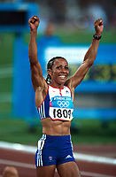 Kelly Holmes (GBR) celebrates winning the 1500m Fina to secure her 2nd Gold Medal of the Games. Athletics, Athens Olympics, 28/08/2004. Credit: Colorsport / Andrew Cowie