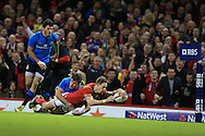 Liam Williams  of Wales  scores a try.RBS Six Nations championship 2016, Wales v Italy at the Principality Stadium in Cardiff, South Wales on Saturday 19th March 2016. pic by  Andrew Orchard, Andrew Orchard sports photography.