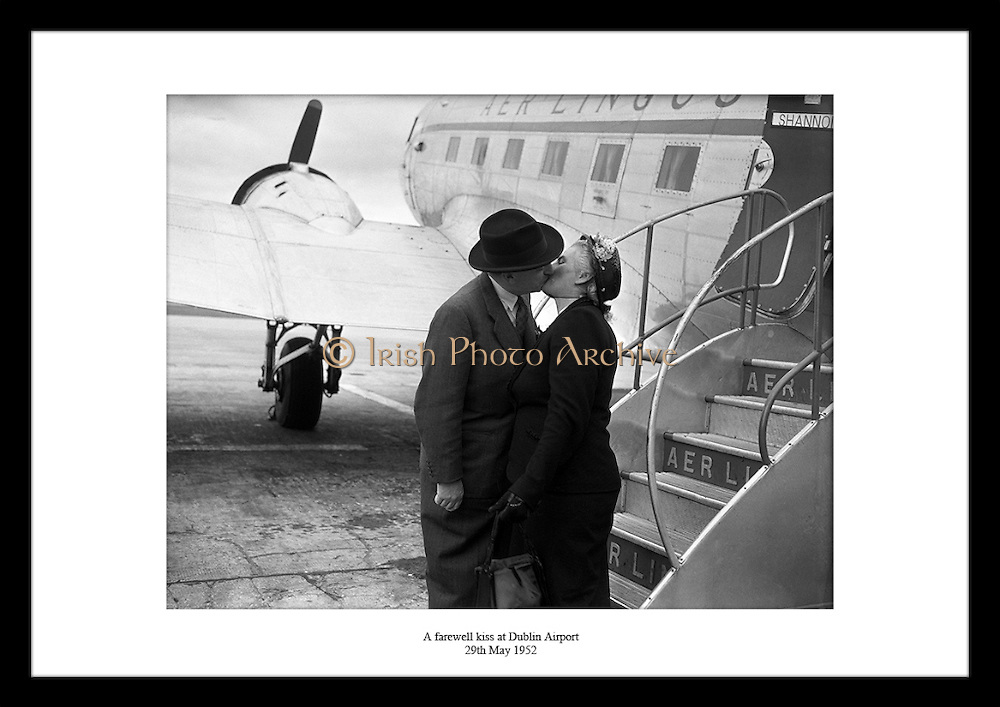This lovely shot of an old Irish couple kissing goodbye is the perfect gift for couples that have to say goodbye a lot. Irish Photo Archive has a lot more of amazing photographs in store for you!