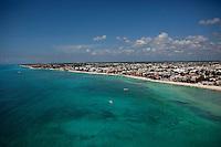 The white sand beach in Playa Del Carmen, Mexico. (Photo By Robert Caplin)