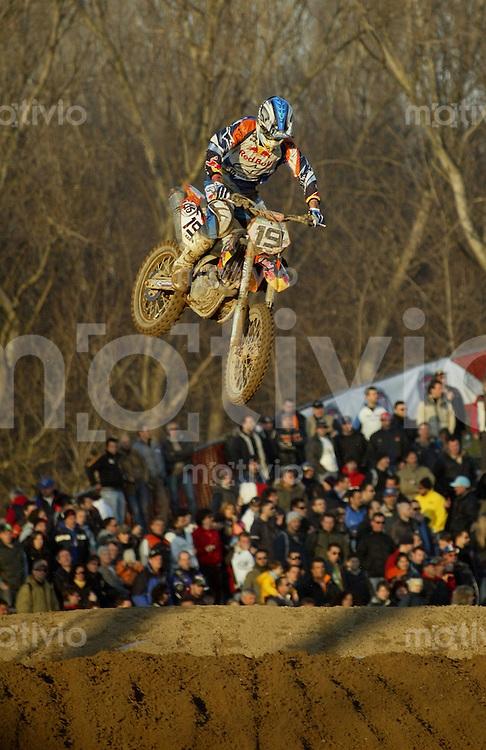 Mantova , 110207 , Starcross Seasonopener  Erstes Kraeftemessen der internationalen Motocrosselite beim Starcross in Mantova.  David PHILIPPAERTS (KTM , ITA)