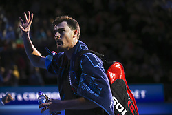November 13, 2017 - London, United Kingdom - Jamie Murray of Great Britain leaves the pitch after the Doubles match against Bob and Mike Bryan of the USA during day two of the Nitto ATP World Tour Finals at O2 Arena, London on November 13, 2017. (Credit Image: © Alberto Pezzali/NurPhoto via ZUMA Press)