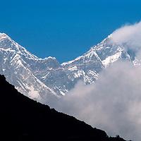Mounts Everest (L) & Lhotse in the Khumbu region of Nepal 1986.