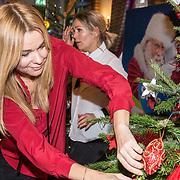 NLD/Amsterdam/20181206 - Sky Radio's Christmas Tree For Charity, Froukje de Both
