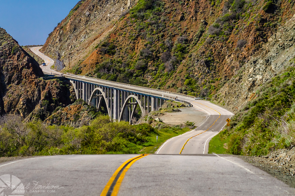 Approach to the Big Creek Bridge from the south on Highway 1, on the Big Sur Coast of California