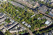 Nederland, Noord-Holland, Amsterdam, 27-09-2015; Overzicht Plantage Middenlaan met dierentuin Artis, aquarium. Rechsboven Entrepotdok en Kadijken, onder Mauritskade.<br /> Overview eastern downtown Amsterdam, the Plantage residential area with Artis Zoo.<br /> luchtfoto (toeslag op standard tarieven);<br /> aerial photo (additional fee required);<br /> copyright foto/photo Siebe Swart