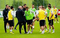 30/06/14<br /> CELTIC TRAINING<br /> AUSTRIA<br /> Celtic's Stefan Johansen limps off during training.