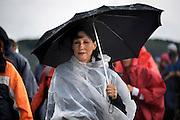 Nederland, Mook, 19-7-2012Derde dag van de 4 daagse.  Af en toe valt er regen . Deze dag gaat via Groesbeek. De vierdaagse is het grootste wandelevenement ter wereld.Foto: Flip Franssen/Hollandse Hoogte