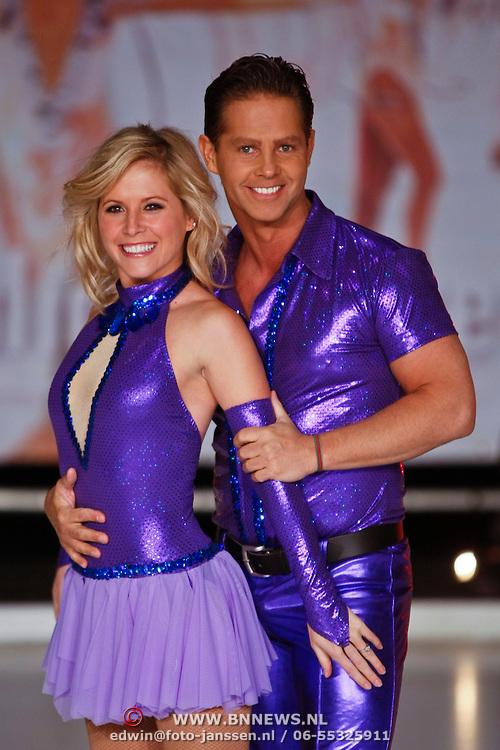 NLD/Utrecht/20110126 - Perspresentatie Sterren Dansen op het IJs 2011, Danny de Munk en Kirsten Treni