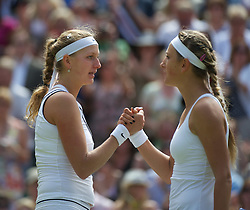 30.06.2011, Wimbledon, London, GBR, WTA Tour, Wimbledon Tennis Championships, im Bild Petra Kvitova (CZE) kisses her defeated opponent Victoria Azarenka (BLR) during the Ladies' Singles Semi-Final match on day ten of the Wimbledon Lawn Tennis Championships at the All England Lawn Tennis and Croquet Club. EXPA Pictures © 2011, PhotoCredit: EXPA/ Propaganda/ David Rawcliffe +++++ ATTENTION - OUT OF ENGLAND/UK +++++