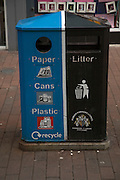 Street rubbish bin for sorted waste