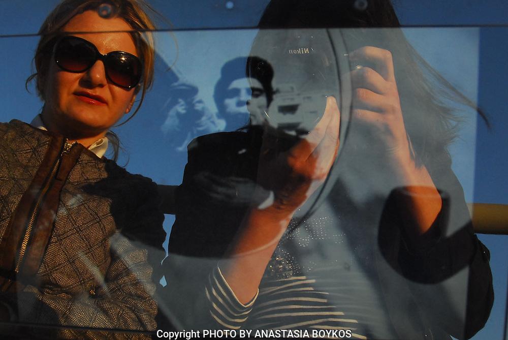 Επιρροή αλά RODCHENKO.<br /> <br /> Model and student: Anna Tziraki.<br /> <br /> April 2013.