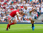 Twickenham, Surrey, World Cup, Sunday, 11.08.19, Englands, Jonathan JOSEPH, hands off, Wales, Hadleigh PARKES, playing in the Warm up match, Quilter International, England vs Wales, at the RFU Stadium  [© Peter SPURRIER/Intersport Image] <br /> <br /> 14:04:27