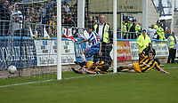 Photo: Andrew Unwin.<br />Hartlepool United v Port Vale. Coca Cola League 1. 06/05/2006.<br />Hartlepool equalise.
