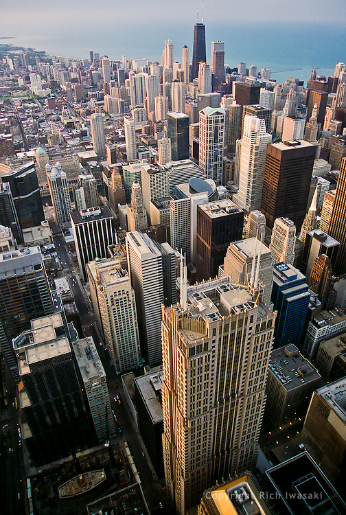 Aerial view of city skyline at sunset, Chicago, Illinois