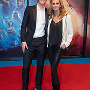 NLD/Amsterdam/20191218 - Premiere van Star Wars: The Rise of Skywalker, Daphne Deckers en haar zoon Alec Deckers
