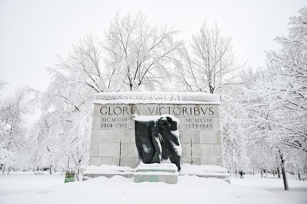 Monument aux Soldat d'Outremont, Snow covered Outremont Park / Parc Outremont, Montreal