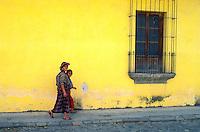 Guatemala - Antigua - Patrimoine mondial de l'UNESCO. Ville coloniale. // Guatemala. Antigua.  UNESCO World heritage. Colonial city.
