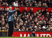 Photo: Paul Thomas.<br /> Manchester United v Charlton Athletic. The Barclays Premiership. 10/02/2007.<br /> <br /> Charlton manager Alan Pardew.