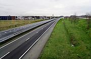Nederland, Andels, 16-3-2020 Een rustige snelweg A15. Veel mensen geven gehoor aan het advies van het RIVM om thuis te werken wegens het coronavirus.          Foto: Flip Franssen