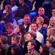 NLD/Hilversum/20130101 - 1e Liveshow Sterren dansen op het IJs 2013, familie, vader en moeder Tony Wyczynski