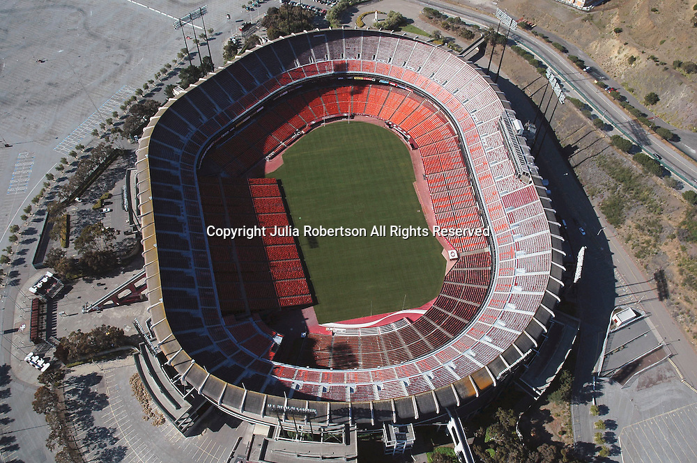 Aerial view of Candlestick Park, home of the San Francisco 49ers, on May 22, 2007 in San Francisco,  California