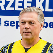 NLD/Almere/20160924 - Start fietstocht BN'ers trappen darmkanker de wereld uit, Roelof Hemmen