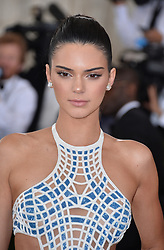 File photo - Kendall Jenner attends the Manus x Machina: Fashion in an Age of Technology Costume Institute Benefit Gala at Metropolitan Museum of Art on May 2, 2016 in New York City, NY, USA. Kendall Jenner has reportedly started dating a basketball star. According to Page Six, one anonymous source says Kendall has been hanging out with Philadelphia 76ers player Ben Simmons 'for a few weeks'. Photo by Lionel Hahn/ABACAPRESS.COM  | 545160_280 New York City Etats-Unis United States